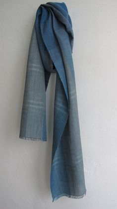 This listing is for a handwoven scarf made by me at my studio in Copenhagen. Its woven in a beautiful combination of crispy linen yarn from Lithuania Tablet Weaving, Loom Weaving, Hand Weaving, Woven Scarves, Handmade Scarves, Designer Scarves, Scarf Design, Long Scarf, Indigo