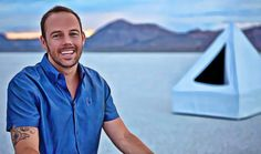 047: WTF is a Float Tank? Learn to be Zen & Accelerate Your Biz Growth with Shane Stott.