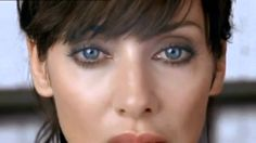 Natalie Imbruglia - Leave Me Alone - Well. I like Natalie Imbruglia, Audrey Tatou (sp?), Coco Chanel, and a good groove song.