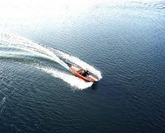 Schnelles 69er Mahagoni-Sportboot mit 30 kW-Elektromotor 30 Kw, Old School, Berlin, Waves, Boat, Classic, Outdoor, Speed Boats, Wooden Boats