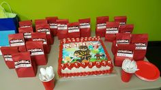 Cake & Party Favors