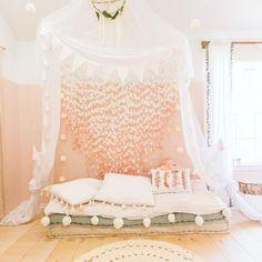 """21 """"Dream Bedroom"""" Ideas for Girls"""