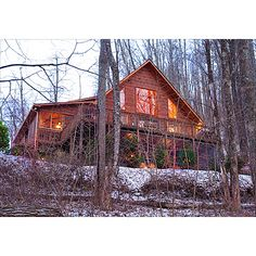 I want to live here in the woods with a deck and away from people :)