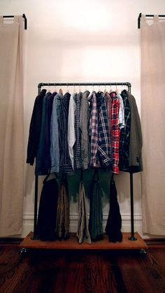 "DIY Industrial Garment Rack- good for the ""Pass it On"" party"