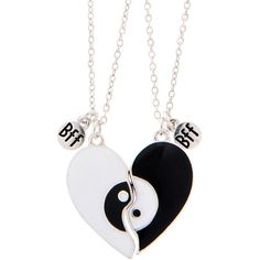 Best Friends Yin Yang Heart Pendant Necklace (635 MXN) ❤ liked on Polyvore featuring jewelry, necklaces, thin chain necklace, heart pendant necklace, yin yang necklace, black white necklace and black and white necklace