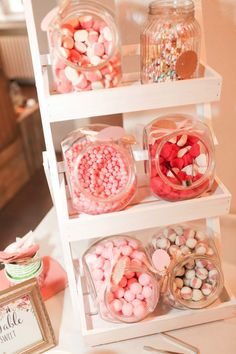 Wedding Table Decoration - Candybar / Sweet Table at the wedding Photo: Marco Hüther - - Hochzeitsdeko Sweet Table Wedding, Diy Wedding, Wedding Photos, Magical Wedding, Wedding Flowers, Wedding Dresses, Candy Bar Wedding, Wedding Sweets, Sweet Carts