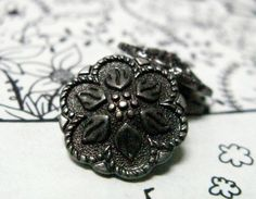 Peperomia Leafs Metal Buttons , Nickel Silver Color , Shank , 0.59 inch , 10 pcs on Etsy, $5.00