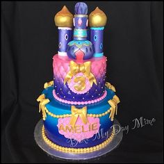 Love this Shimmer and Shine cake Aladdin Cake, Aladdin Party, Twin Birthday, Little Girl Birthday, 5th Birthday Party Ideas, Birthday Bash, Shimmer And Shine Cake, Jasmine Party, Moroccan Party