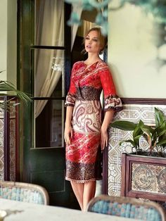 Dress with Fluted Sleeves 03/2014