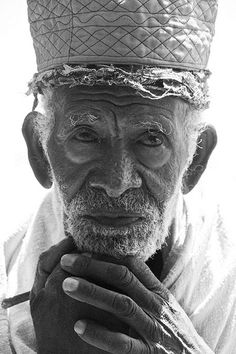 Old Orthodox priest - www.pinterest.com/wholoves/Beautiful faces - #beautiful #faces