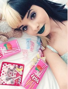 I love this one if melanie with her Japanese treats 😄 Melanie Martinez Style, Melanie Martinez Videos, Crybaby Melanie Martinez, Cry Baby, Chica Alien, Mealine Martinez, Crazy People, Crying, Just For You
