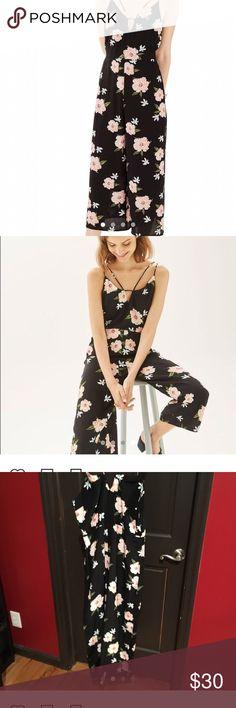 799a1974c46 Topshop floral jumpsuit size 6 Topshop strappy floral jumpsuit. US 6