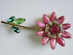 Weiss Pin Rhinestone Daisy Flower Pin by COBAYLEY on Etsy