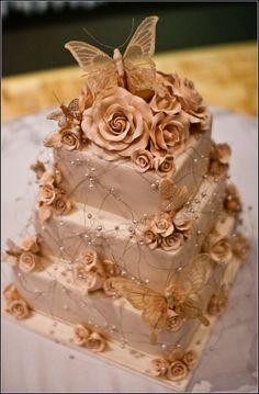 https://flic.kr/p/9FSpHu | butterfly wedding cake | one of the prettiest cakes ive seen . #weddingcakes