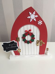 Beautiful magical Christmas elf fairy door by TheLittlehCompany buy now from https://www.etsy.com/uk/shop/TheLittlehCompany