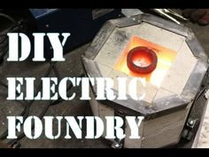 Aluminium Foundry - Build It ! : A small kiln or aluminum foundry to do at home with simple things. See it ! Blacksmith Projects, Welding Projects, Welding Art, Metal Projects, Diy Projects, Sand Casting, Metal Casting, Die Casting, Metal Tree Wall Art