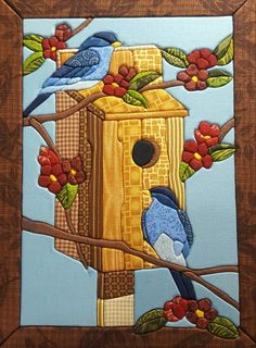 birds and birdhouse Owl Quilt Pattern, Quilt Patterns, Quilting Projects, Quilting Designs, Styrofoam Crafts, Stained Glass Birds, Bird Quilt, Country Quilts, Log Cabin Quilts