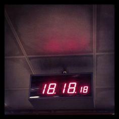 0x38b: Čas / Time Digital Alarm Clock, Cas, Instagram, Home Decor, Decoration Home, Room Decor, Home Interior Design, Home Decoration, Interior Design
