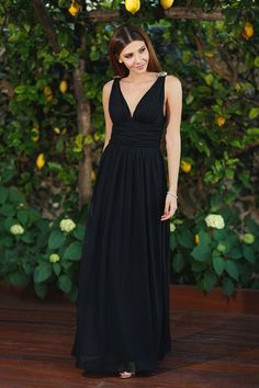 Ever Pretty wearing: Ever Pretty long black dress , Jessica Buurman golden sandals ( similar here) , Lulu's clutch Fashion Look by The Mysterious Girl