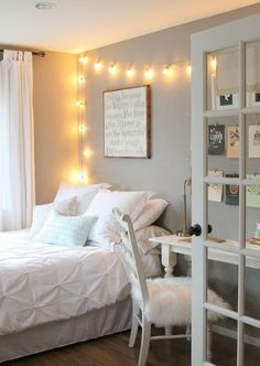girl bedroom ideas - You'll find a huge collection of girls room designs with tips and pictures for every age from nurseries to teen girls bedrooms in all style. Little Girl Bedroom Ideas For Small Rooms Room Makeover, Room, Room Design, Small Room Design, House Rooms, Home Decor, Room Inspiration, Room Decor, Remodel Bedroom