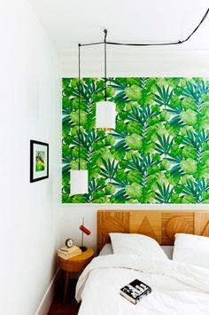 Convierte tu casa en un jardín tropical con papel pintado · Give your home a tropical vibe - Vintage & Chic. Pequeñas historias de decoración · Vintage & Chic. Pequeñas historias de decoración · Blog decoración. Vintage. DIY. Ideas para decorar tu casa