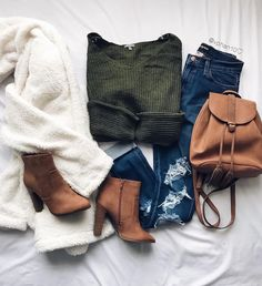 everyday outfits for moms,everyday outfits simple,everyday outfits casual,everyday outfits for women Teenage Outfits, Teen Fashion Outfits, Casual Fall Outfits, Mode Outfits, College Outfits, Fall Winter Outfits, Cute Fashion, Stylish Outfits, Autumn Winter Fashion