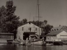Marina in the mid 20th century, Sainte-Anne-de-Bellevue.