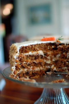 Divine carrot cake with mascarpone cream Köstliche Desserts, Delicious Desserts, Dessert Recipes, Yummy Food, Cake Cookies, Cupcake Cakes, Cake Recept, Moist Cakes, No Bake Cake