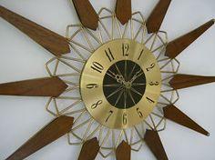 Mid Century Modern Starburst Wall Clock Atomic Age Vtg