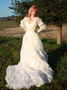 Vintage Wedding Dress in Chiffon and Lace 50s Style Southern Belle Bridal Gown M L. $185,00, via Etsy.