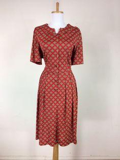 Vintage 1940s Red Maroon Paisley Floral Crêpe Dress WWII L