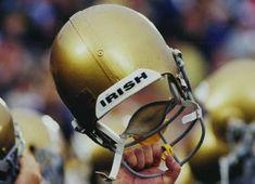 Notre Dame Football, go Irish! Nd Football, College Football Teams, Best Football Team, Notre Dame Football, Football Helmets, Sports Teams, Football Season, Football Things, Collage Football