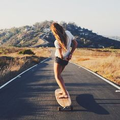 At present, skate dress is so customary in sought after society, that'd it seem like sitting ducks for all those to wear. Surfboard, Skater Kid, Longboard Design, Beach Vibes, Surfer Girl Style, Surfer Girls, Skate Girl, Skateboard Girl, Skateboard Pictures