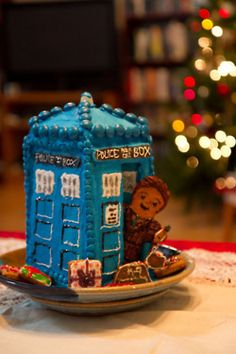 Gingerbread Doctor Who Tardis