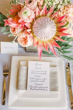 Trouvaille Workshop Wedding Inspiration by 'Hey Gorgeous Events' Protea Centerpiece, Wedding Centerpieces, Wedding Table, Our Wedding, Dream Wedding, Wedding Decorations, Centrepieces, 1940s Wedding, Wedding Menu