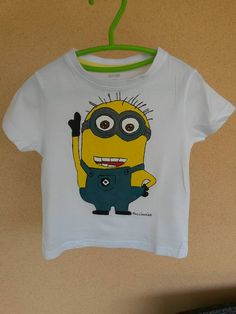 Minion t-shirt made by @laurapacciamiao *** Le Maddine & Maddy https://www.facebook.com/groups/531953423561246/ *** #madeinfacebook #lemaddine #handmade #handcrafted #instagram #instapic #instagood #picoftheday #instacool #cool #cute #paint #painting #handpainted #artwork #minions #yellow #white #cartoon #tshirt #baby #boy #girl #child #fashion #pacciamiao