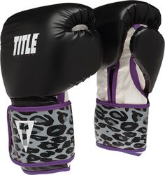 Cute boxing gloves with leopard print and purple trim. Boxing Training Gloves, Workout Gloves, Boxing Gloves, Workout Gear, Workouts, Boxing Girl, Women Boxing, Boxing Boxing, Home Boxing Workout