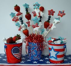 Homemade Marshmallows Kabobs from #Walmart Mom Liz are a tasty and festive treat for the 4th of July.