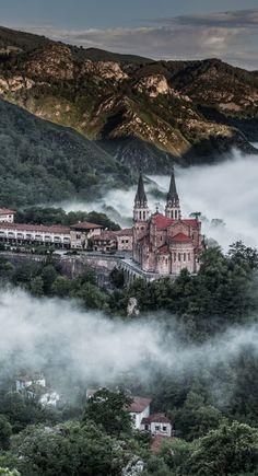 cubebreaker:  Covadonga | Source | Cube Breaker | Follow