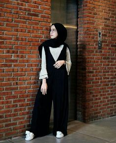 Modest Hijabie Fashion with Jumpsuit Style Abaya Style – Girls Hijab Style & Hijab Fashion Ideas