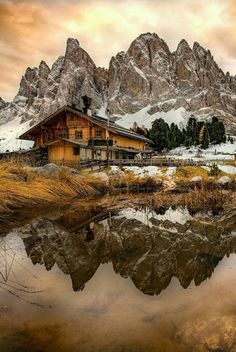 Refuge Odle, Dolomites, Italy