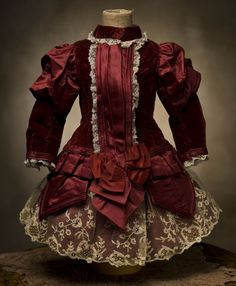 Antique Doll Clothes | ... , Bru, Steiner, French bebe Doll Antique dolls at Respectfulbear.com