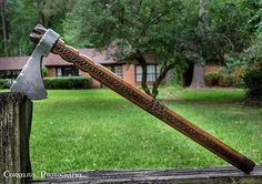 I just realized I never posted this pic of an older hawk I done. My photography and editing skills weren't quite like they are now excuse the harsh contrasty image. #tomahawk #hatchet #axe #usnstagram #usnfollow #igmilitia #2a #knifenut #knifefanatics #outdoorsman #knivesdaily #knivesweekly #weaponsdaily #everydaycarry #edc #arrowhead #tactical #woodwork #woodburning #pyrography #americanmade #woodworking #coldsteel  #survival #bushcraft #history #artifact #nativeamerican #leather #filework