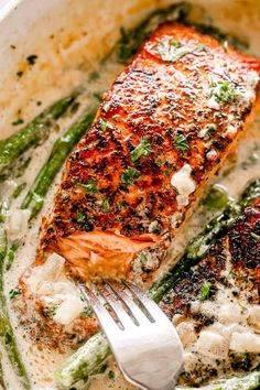 This Garlic Dijon Salmon recipe makes juicy, flaky, and flavorful salmon fillets pan seared in a delicious cream sauce with dijon mustard and garlic. Salmon With Dijon Mustard, Dijon Mustard Sauce, Dijon Salmon, Creamy Mustard Sauce, Mustard Recipe, Creamy Sauce, Salmon Steak Recipes, Delicious Salmon Recipes, Fish Recipes