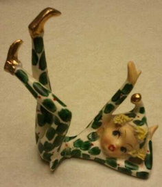 VINTAGE LEFTON CHRISTMAS HOLLY LEAF ELF FIGURINE #303