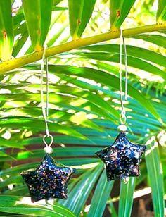 Boucles étoiles noires a pailettes Belly Button Rings, Buttons, Jewelry, Paper Scraps, Boucle D'oreille, Locs, Jewerly, Jewlery, Schmuck