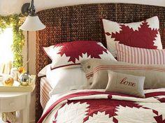 Elegant Interior Theme Christmas Bedroom Decorating Ideas_41
