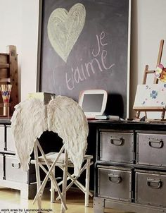 love the angel wings chair.