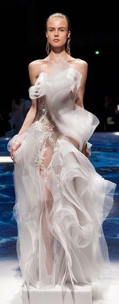 2014/2015 HAUTE COUTURE BRIDAL GOWNS | Lan YU Bridal Haute Couture F/W 2014-2015 ~ Paris