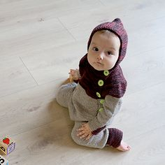 """A one piece version of the Oslo Anorak. We've kept the a-shape and the cute elf hood. We've added practical foldable """"pockets"""" to be used as mittens/socks. Knit Crochet, Crochet Hats, Knit Pants, Oslo, Baby Patterns, Baby Pictures, Mittens, Onesies, Kitty"""
